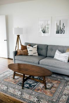 A mix of mid-century modern, bohemian, and industrial interior style. Home and.- A mix of mid-century modern, bohemian, and industrial interior style. Home and. my lil apartment is compleeeete Living Room Modern, My Living Room, Living Room Designs, Living Room Furniture, Living Room Decor, Small Living, Bedroom Decor, Studio Living, Ikea Bedroom