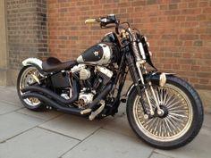 Bike 🚲 - Bike Aesthetic, Biker Shorts Outfit and Bike Art. Motorcycle Types, Bobber Motorcycle, Bobber Bikes, Custom Street Bikes, Custom Bikes, Sidecar, Harley Davidson Motorcycles, Custom Motorcycles, Harley Street Bob
