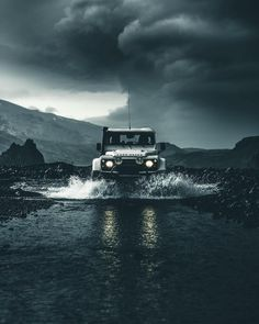 Stunning Moody Adventure Photography by Simon von Broich Landrover Defender, Land Rover Defender 110, Jeep Wrangler Unlimited, Jeep Rubicon, Land Rovers, Adventure Photography, Car Photography, Ford Raptor, Bugatti Veyron