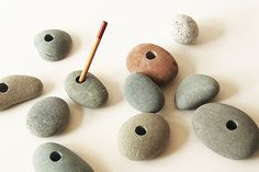 stone pen stand