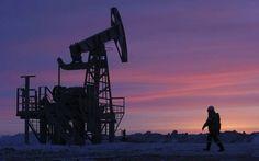 نايمكس يسجل ارتفاعات طفيفة مع قرب إعلان نتائج الانتخابات الرئاسية مباشر: شهدت أسعار النفط ارتفاعا خلال تداولات اليوم الثلاثاء تزامنا مع ترقب نتائج الانتخابات الرئاسية في الولايات المتحدة. وارتفعت العقود الآجلة لخام نايمكس الأمريكي بنسبة طفيفة 0.2% أو بمقدار 9 سنتات إلى 44.98 دولار للبرميل تسليم ديسمبر. فيما انخفضت العقود الآجلة لخام برنت القياسي تسليم يناير عند التسوية بنسبة 0.2% أو بما يعادل 11 سنتا إلى 46.04 دولار للبرميل. وأظهرت بيانات معهد البترول ارتفاع مخزونات الخام في الولايات المتحدة…
