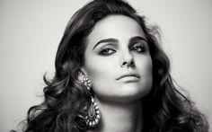 Natalie Portman in black & white