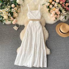 Style Classique, Short Tops, Holiday Fashion, Autumn Fashion, Cheap Dresses, Skirt Set, Midi Skirt, Ideias Fashion, Fashion Outfits