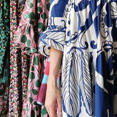 SALVATORE SCHITO STORE (@salvatoreschito_store) • Instagram-Fotos und -Videos Kimono Top, Store, Videos, Instagram, Women, Fashion, Moda, Women's, Fashion Styles