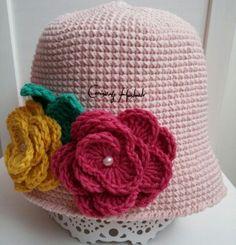 Rose hat crochet...