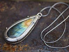 spectrolite огърлица |  Labradorite висулка |  синя светкавица |  дъга флаш |  сребро огърлица |  нит висулка |  OOAK от Uruz Метали