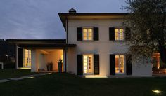 Contemporary three-story dwelling in Italy: Soldati House