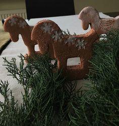 Bílý kůň dekorace vánoce kůň koník keramika sníh zima