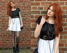 Simple outfit with dr Martens (Black Top, Long Necklaces, White Skirt and Black Tights)