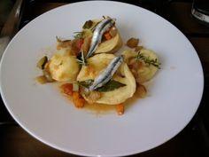 Cappellacci di patate e acciughe,verdure brunoise alici e brodo di crostacei Gino D'Aquino