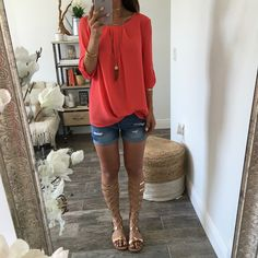 Lightweight and chic 3/4 sleeve top/tunic. Available in coral and navy. shop the look: NECKLACE