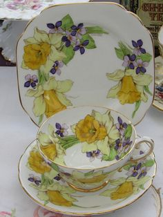 Stanley Bone China Tea Cup Trio Hand Painted and Titled Antique China, Vintage China, Vintage Teacups, Bone China Tea Cups, Teapots And Cups, Rose Tea, China Painting, My Cup Of Tea, Teller