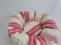 This lovely soft bed for cats or small dogs was made by me (gingham rose). The fabric is a cotton. It has redand white stripes on a cream background. Pet Beds, Dog Bed, Small Dogs, Gingham, Bean Bag Chair, Stripes, Puppies, Pets, Fabric
