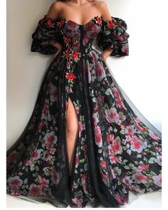 Best Ball Gown Dresses for Wedding & Ball 2019 - Wewer Fashion Ball Gown Dresses, Dress Up, Prom Dresses, Boho Dress, Queen Dress, Dress Shoes, Shoes Heels, Pretty Outfits, Pretty Dresses