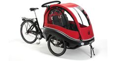 KANGAROO LUXE Unique advantages make Kangaroo Luxe the ultimate cargo bike for you and your family. Seats that can be put to resting position, the patented three-point steering system and detailed focus on safety and comfort made it win the prize as best cargo bike in test. Read the review here. FLEXIBLE SPACE FOR CHILDREN Kangaroo