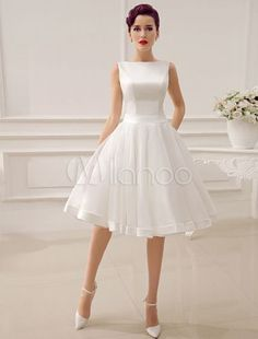 Cut Out Backless Satin Short Wedding Dress with Bow Decor Sash - Milanoo.com Wedding Dresses 2017 Summer, Dream Wedding Dresses, Wedding Gowns, Aliexpress Dresses, Robes Vintage, Vintage Dresses, Wedding Dress Pictures, 1950s Style, Style Vintage