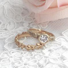 Scattered treasures...bespoke engagement rings for the bohemian bride