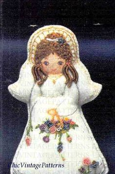 Christmas Angel Pattern .. Embroidered by ChicVintagePatterns