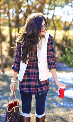 Want this flannel/vest combo.