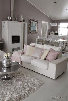 Coconut White: Ikean valkoiset Kivik - sohvat kolmen vuoden jälkeen!