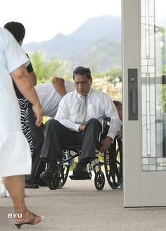 Volunteers_Cleaning_Wheelchair - http://www.everythingmormon.com/volunteers_cleaning_wheelchair/  #mormonproducts #LDS #mormonlife