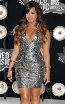 Most beautiful women Demi Lovato dress at the vma mtv awards