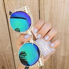 More Shades* Sunglasses Fashion* Style* Clothing* Denim Shirts* Rayban Sunglasses* Accessories* Ray Ban Sunglasses* Round Sunglasses Fashion trends Cute Sunglasses, Ray Ban Sunglasses, Cat Eye Sunglasses, Sunglasses Women, Vintage Sunglasses, Sunnies, Mirrored Sunglasses, Womens Fashion Online, Latest Fashion For Women