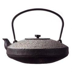 及源鋳造 平コマ型 南部鉄瓶(日本製 岩手 南部鉄瓶・鉄瓶)