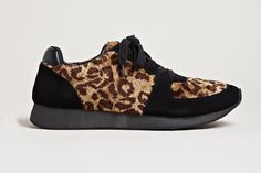 Yohji Yamamoto Leopard Fur Sneakers: From Yohji Yamamoto's 2013 fall/winter collection comes these wild Leopard Fur sneakers. Me Too Shoes, Men's Shoes, Yohji Yamamoto, Leather Sneakers, High Top Sneakers, Men's Sneakers, Love Fashion, Casual Shoes, Footwear