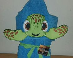 Turtle Hooded Towel You are in the right place about ideas casa piccola Here we offer you the mos Swim Lessons, Beach Kids, Polar Fleece, Rainbow Colors, Baby Animals, Smurfs, Hoods, Little Girls, Turtle