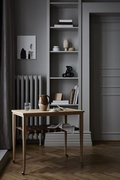 Some cute furniture to décor your house, celebrate design with this unique piece of art, take some decoration ideas and increase your home interior ideas. Interior Design Trends, Interior Styling, Interior Inspiration, Interior Decorating, Decorating Games, Interior Ideas, Gray Interior, Interior Goods, Monochrome Interior