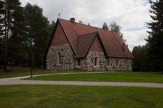 Aitolahden vanha kirkko. Kirkot - Tampereen seurakuntayhtymä Grave Monuments, Graveyards, Old Buildings, Finland, Cabin, Landscape, House Styles, Monuments, Buildings