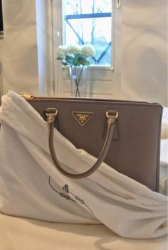 d5eb28db5a 45 Best Handbags images