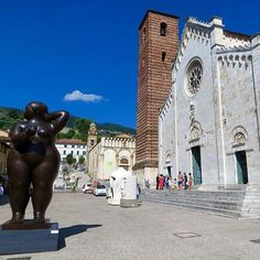 Pietrasanta, Tuscany...the beautiful square where never miss some sculpture