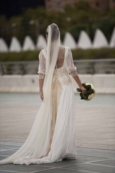 La boda de María. Vestido de novia de Teresa Palazuelo. http://teresapalazuelo.com/BLOG/la-boda-de-maria/