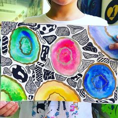 These kids tho 🤯💕🙌🏻 #geodes #geodeartwork #watercolor #linework #elementaryart #artteacher