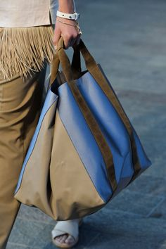 The 7 Top Bag Trends For Spring 2015
