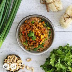 Balinese Chicken & Cashew Noodles