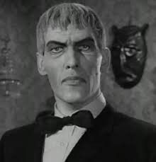 Lurch is my third favorite character from the Addams Family Lurch Addams Family, The Addams Family Cast, Halloween Quotes, Scary Halloween, Homemade Halloween, Halloween Ideas, Halloween Decorations, Ted Cassidy, Gomez And Morticia