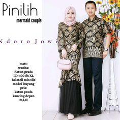 Batik Coupel Gamis Baloteli 2439 - Deswita | BATIKCOUPLE.ID Indian Fashion Salwar, Hijab Fashion, Batik Couple, Ootd Hijab, Brokat, Best Model, Kebaya, Wedding Photoshoot, Kaftan