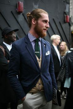 They Are Wearing: London Men's Fashion Week Spring 2014 - Slideshow - WWD.com http://TradingVoyageur.com