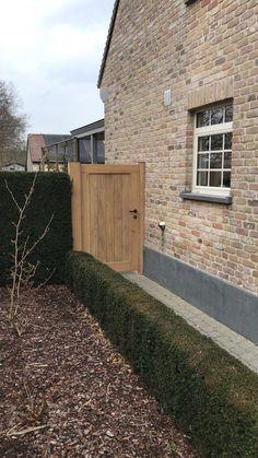 Fence Gate Design, Modern Fence Design, Front Gate Design, Wooden Garden Gate, Wooden Gates, Backyard Gates, Backyard Garden Design, Cotswold House, Side Yards