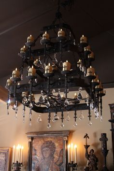 gothic decor How To Decorate Your Gothic Bedroom Bedroom Decor Ideas Gothic Chandelier, Candle Chandelier, Black Chandelier, Tiny House, Gothic Interior, Modern Interior, Goth Home Decor, Gypsy Decor, Gothic Bedroom