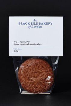 Yummy cookie packaging from Black Isle Bakery via OK-RM. Biscuits Packaging, Bread Packaging, Dessert Packaging, Cookie Packaging, Black Packaging, Simple Packaging, Bakery Branding, Bakery Packaging, Food Packaging Design