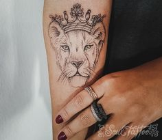5 Things You Need To Know Before Getting Your First Tattoo - tatoo feminina Vine Tattoos, Leo Tattoos, Dream Tattoos, Couple Tattoos, Animal Tattoos, Body Art Tattoos, Tattos, Lion And Lioness Tattoo, Female Lion Tattoo