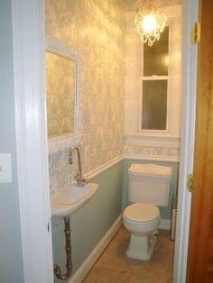 Very Narrow Bath good small powder room, great colorsilver and yellow