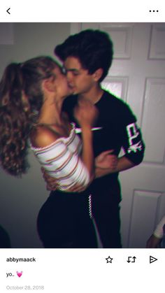 distance relationship advice aesthetic goals ideas memes photos pictures problems quotes tips Cute Couples Photos, Cute Couple Pictures, Cute Couples Goals, Couple Photos, Goofy Couples, Cute Couples Cuddling, Sweet Couples, Young Couples, Sweet Girls