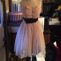 HP  Freeway Chic & Tough Tulle Dress w/ Belt Ever worn! Excellent condition. Side zipper & elastic back with stretchy belt Freeway Dresses Strapless