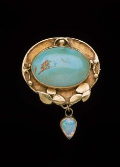 Brooch (circa 1907). Gold, turquoise and opal cabochons by Elizabeth Ethel Copeland (1866–1957). Image and text courtesy MFA Boston.