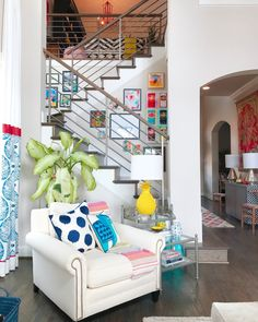 This Fort Worth, Texas home is a great testament to Bold & Vivid design and personality. Fun textures and wallpaper make this family home come to life.